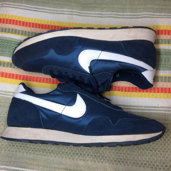 b72deef0e52 1980s Nike Bravo blue white swoosh made in Rep of Korea size 11